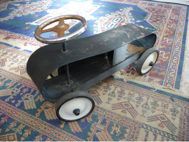 Petite voiturette vintage