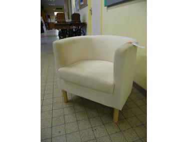 Petit fauteuil tissus.