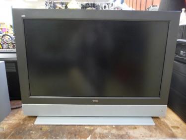 TV LCD et décodeur tnt HD