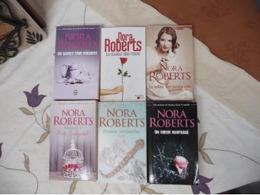 lot de livre Nora Roberts 1